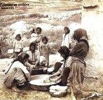 نصراويات يغسلن الملابس في باحة المنزل 1927 الناصرة